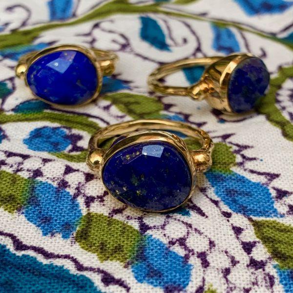 ALMA (Lapis-lazuli)